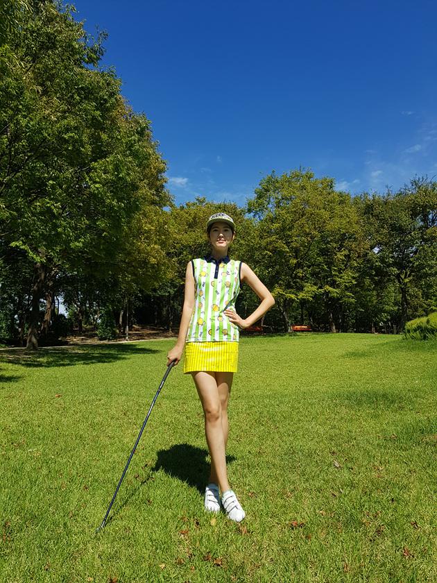 라운딩 당일 의상 그대로 재현하는 캐리큐어 골프 커스텀 상품을 출시하였습니다!